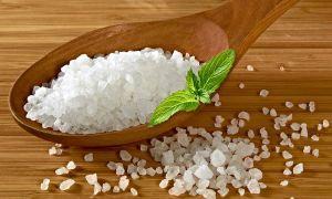 Как давать кроликам соль и в каких пропорциях