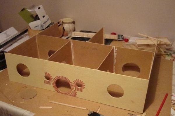 Домик из коробки