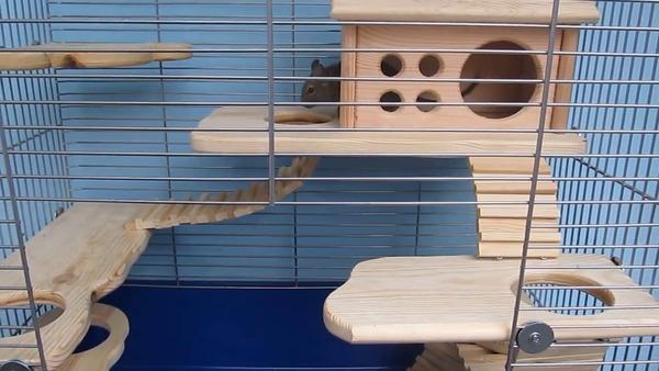 Конструируем полочки и домик из качественных материалов