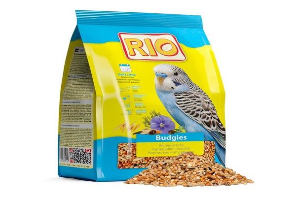 Популярный среди владельцев пернатых корм Рио